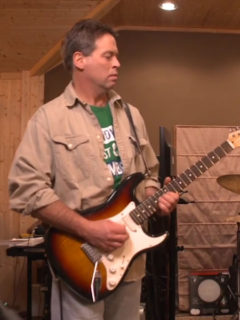 Mike Novy Splooge guitarist